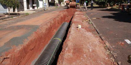 Obras de drenagem da avenida Getúlio Vargas estão em 65% de conclusão